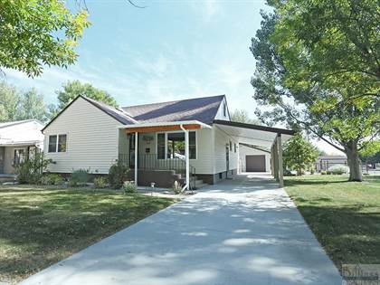 Residential Property for sale in 1108 2nd St W, Roundup, MT, 59072