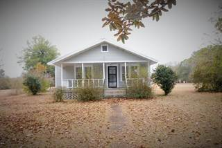 Single Family for sale in 911 Old Federal Rd, Mclain, MS, 39456