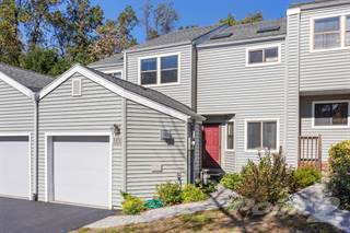 Townhouse for sale in 315 Saddle Trail (also known as 31 Saddle Trail Unit #5), Ossining, NY, 10562