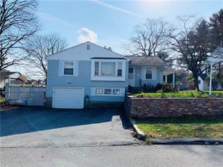 Single Family for sale in 10 Spring Hill Drive, Johnston, RI, 02919