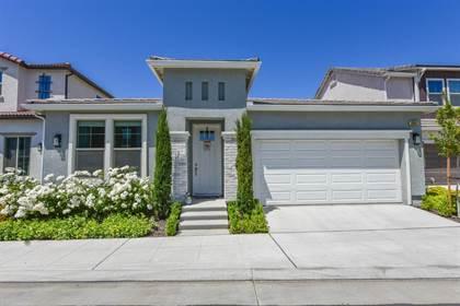 Residential Property for sale in 11047 N Via Argenta Way, Fresno, CA, 93730