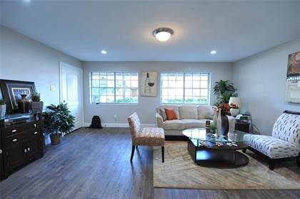 Residential Property for sale in 12633 Memorial Drive 227, Houston, TX, 77024