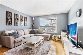 Condo for sale in 4360 58 ST NE 2, Calgary, Alberta