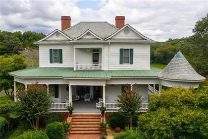 Residential for sale in 950 Tullis Road, Lawrenceville, GA, 30043