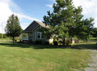 Residential Property for sale in 855 Cut Off Rd, Pulaski, TN, 38477