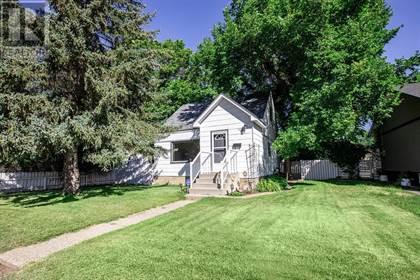 Single Family for sale in 236 11 Street SW, Medicine Hat, Alberta, T1A4S4