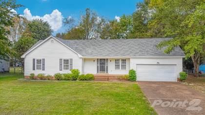 Single-Family Home for sale in 17 Reddick Cove , Jackson, TN, 38305