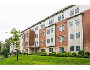 Condo for sale in 321 Hammond Pond Parkway 103, Newton, MA, 02467