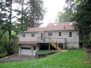 Single Family for sale in 10 Log Cabin Ter, Lake Mohawk, NJ, 07871