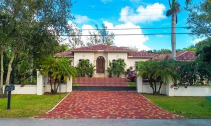 Residential Property for sale in 6767 SW 70 Avenue, Miami, FL, 33143