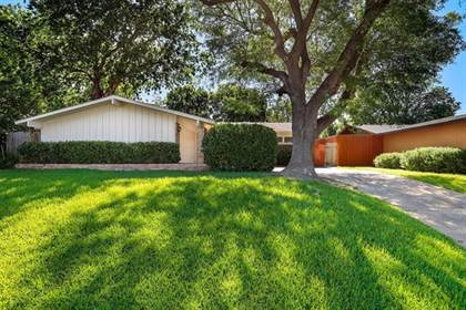 Residential for sale in 2930 Talisman Drive, Dallas, TX, 75229