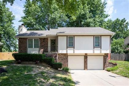 Residential for sale in 1111 Bristol Way, Liberty, MO, 64068