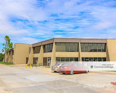 Office Space for rent in 4334 Northwest Expwy, Oklahoma City, OK, 73116