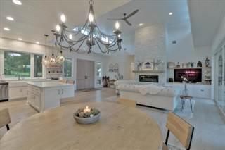 Single Family for sale in 634 Narrows Rd, Blanco, TX, 78606