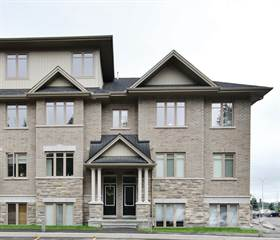 Residential for sale in 1015 Beryl Private, Ottawa, Ontario