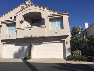 Townhouse for rent in 5512 Renaissance Avenue 3, San Diego, CA, 92122