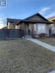 Single Family for sale in 290 Lettice Perry Road N, Lethbridge, Alberta