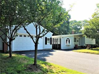 Residential Property for sale in 3 Keeley Avenue, Warwick, RI, 02886