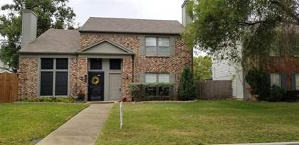 Residential for sale in 1611 Maybrook Court, Arlington, TX, 76014