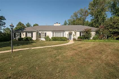 Residential for sale in 60 Daryl Lane, Ladue, MO, 63124