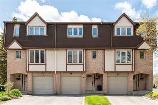 Condo for sale in 11 LIGHTFOOT PLACE, Ottawa, Ontario, K2L3M6