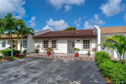 Residential for sale in 5204 SW 141st Ave, Miami, FL, 33175