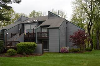 Townhouse for sale in Unit F2 Circle Green, Paupack, PA, 18451