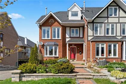 Residential Property for sale in 18 SUNVALE Place, Stoney Creek, Ontario, L8E 4Z8