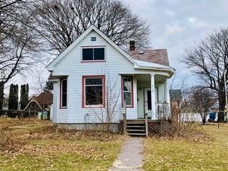Single Family for sale in 318 W Fountain St, Dodgeville, WI, 53533