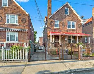 Multi-family Home for sale in 1215 Mace Avenue, Bronx, NY, 10469