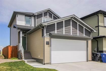 Residential Property for sale in 762 Greywolf Run N, Lethbridge, Alberta, T1H 7E9