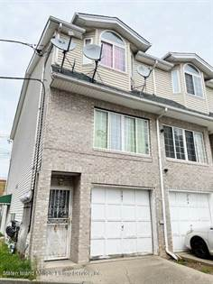 Residential for sale in 242 Edgewater Street, Staten Island, NY, 10305