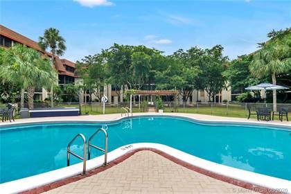 Residential Property for sale in 671 NE 195th St 114E, Ives Estates, FL, 33179