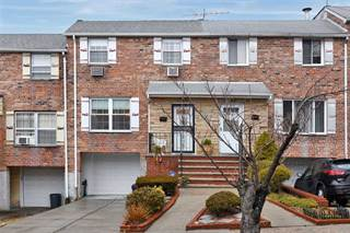 Townhouse for sale in 240-41 67th Avenue 240-41, Douglaston, NY, 11362