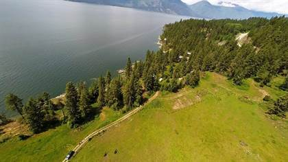 Single Family for sale in 9941/9920 HIGHWAY 3A 9941, Yahk, British Columbia