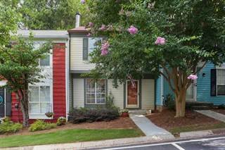 Townhouse for sale in 2608 Queen Anne Court, Sandy Springs, GA, 30350