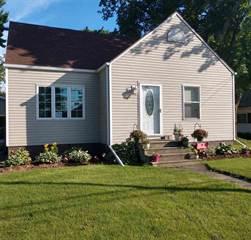 Single Family for sale in 819 MAIN Street, Wrightstown, WI, 54180