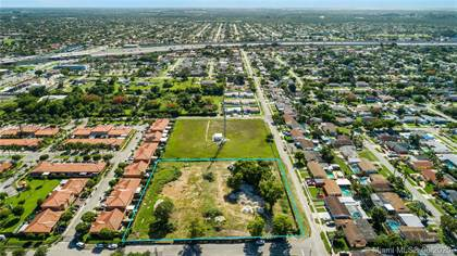 Residential Property for sale in 18020 SW 109th Ave, Miami, FL, 33157