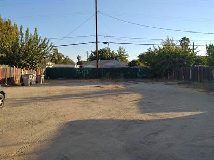 Lots And Land for sale in 3822 E Clinton Avenue, Fresno, CA, 93703