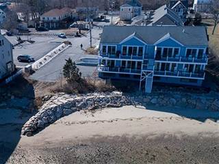 Condo for sale in 20 Caswell Lane 2, Plymouth, MA, 02360