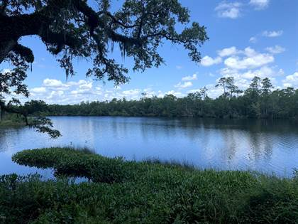 Residential Property for sale in 6670 Crump Rd, Kiln, MS, 39556