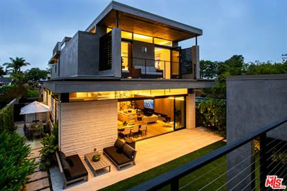 Residential Property for sale in 724 Blvd San Vicente, Santa Monica, CA, 90402