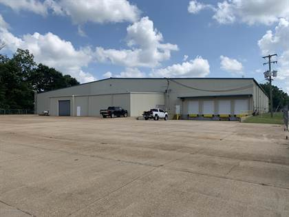 Commercial for sale in 209 Pearson Street, Batesville, MS, 38606