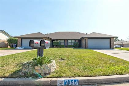 Residential for sale in 7142 NW 116th Street, Oklahoma City, OK, 73162