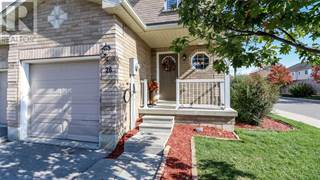 Condo for sale in 26 SOUTHWOODS CRES, Barrie, Ontario, L4N9P8