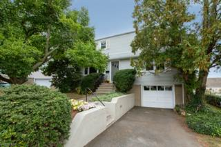 Single Family for sale in 81 HILLTOP CT, Clifton, NJ, 07012