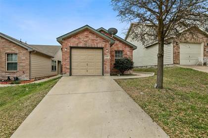 Residential for sale in 10755 Deauville Drive, Fort Worth, TX, 76108