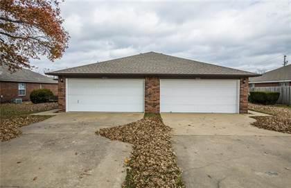 Multifamily for sale in 4056 Nightingale Unit A and B, Springdale, AR, 72762