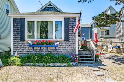 Residential Property for sale in 16 Eastern Avenue, Saco, ME, 04072