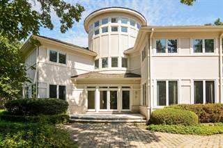 Photo of 2 South Robinwood Court, Deerfield, IL